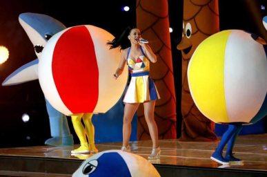 Katy-Perry-Super-Bowl-2015-3