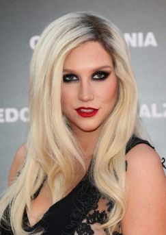 Kesha+Calzedonia+Summer+Show+Forever+Together+px6o46IO55Vl