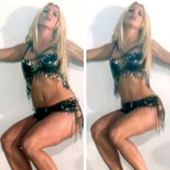 fa9c9452-9a9b-4df0-9b87-d58ab1af654a_britney-spears-work-bitch-video-airbrush-evidence-proof