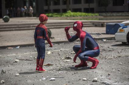 inanilmaz-orumcek-adam-2-The-Amazing-Spider-Man-2-Andrew-Garfield-1