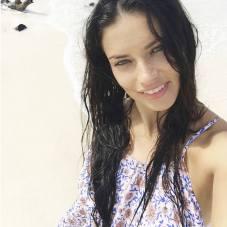 Adriana Lima 2015 Makyajsiz - Adriana Lima