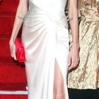 Angelina-Jolie-57