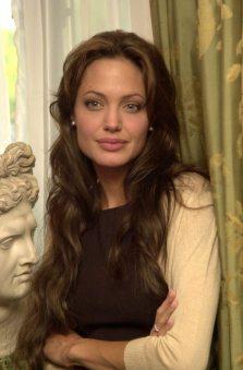 Angelina-Jolie-62