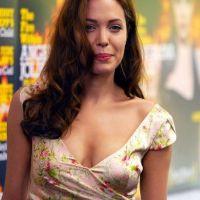 Angelina-Jolie-85