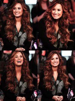 Demi-Lovato-14