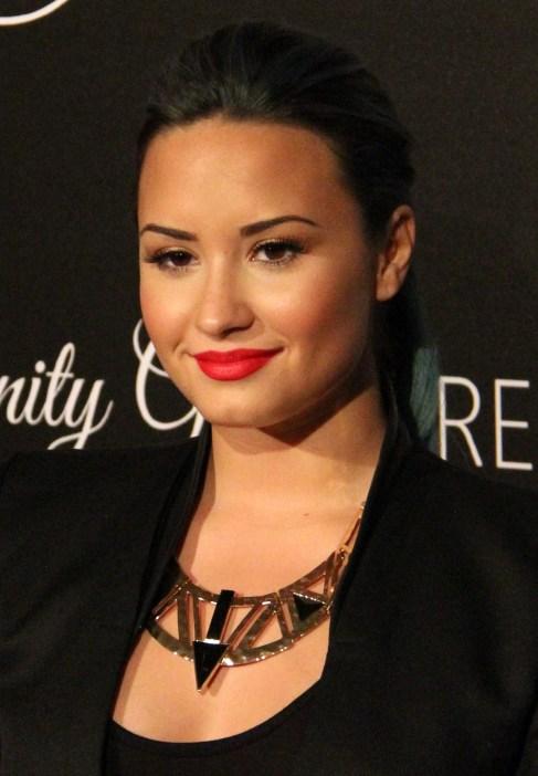 Demi-Lovato-40