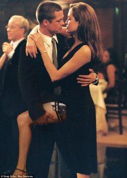 Brad-Pitt-54