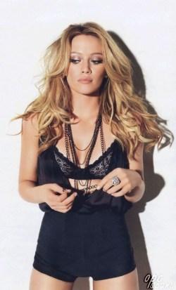 Hilary-Duff-photo-2014-15