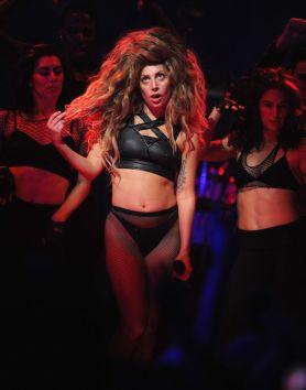 Lady-Gaga-37