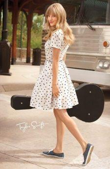 Taylor-Swift-17