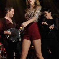 Taylor-Swift-30