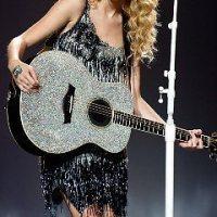 Taylor-Swift-61