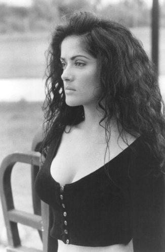 Salma-Hayek-Pictures-5
