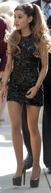 Ariana-Grande-Photos-Foto-Galeri-2014-2015-47