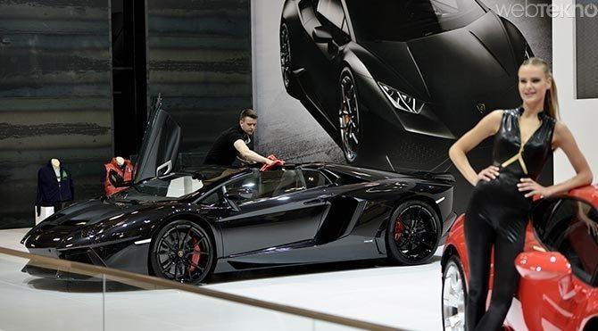 Auto-Show-2015-Fuari-siyah-inci Auto Show 2015 Fuarı'nda,göz alıcı modeller!