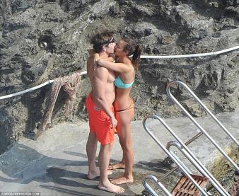 Bradley Cooper ve irina shayk new 2015 5 - Irina Shayk (irina Şeyklislamova)