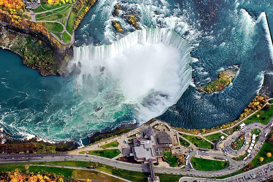 Niagra-falls-USA-Canada