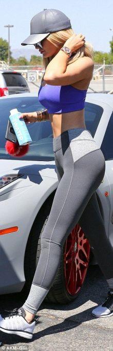 Kylie-Jenner-Photo-21