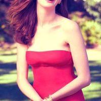 Anne-Hathaway-27