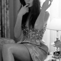 Anne-Hathaway-29