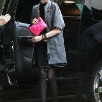 Anne-Hathaway-40