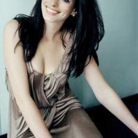 Anne-Hathaway-new-foto-15