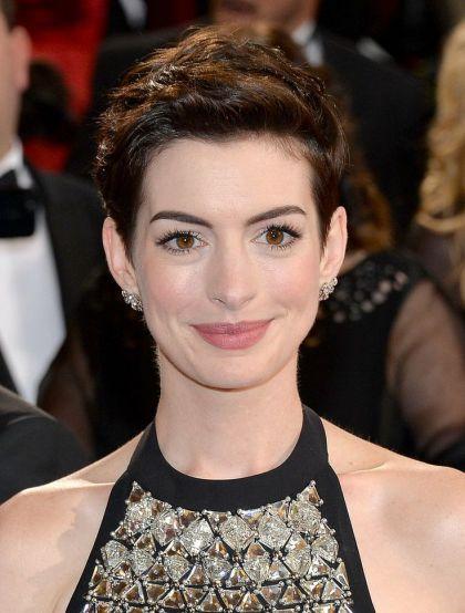 Anne-Hathaway-new-foto-27 Anne Hathaway