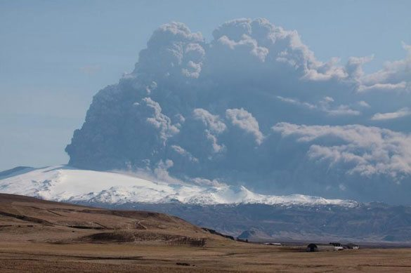 Eyjafjallajökull-İzlanda Dünyadaki En Ünlü Volkanlar