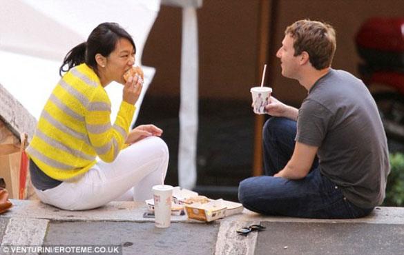 mark-zuckerberg-mcdonalds Hayatımıza yön Veren İnsanlarda Olan ve Bizde de Olması Gereken 10 Şey!