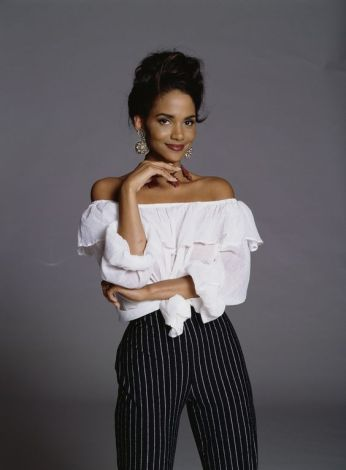 halle-berry-photo-gallery-4