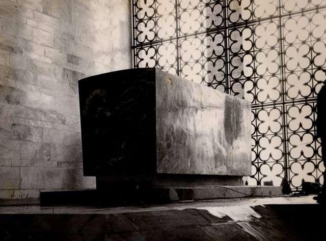 ataturk-un-son-yolculugu-ilk-fotograflari-2 Bu Fotoğraflar İlk Kez Yayınlandı: Ata'nın Son Yolculuğu!