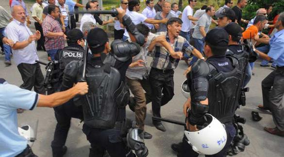eylem-ve-polis Türkler ve Emperyalizm