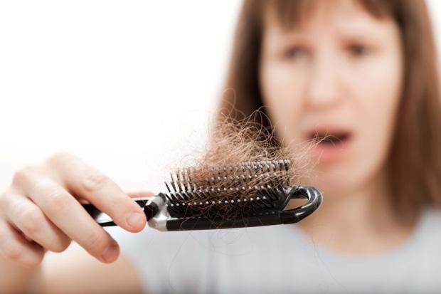 sac-dokulmesi Kışın Saç Dökülmesinin Önüne Nasıl Geçebiliriz ?, Sağlıklı Saçlar İçin Öneriler Nelerdir ?