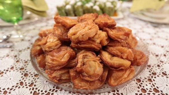 karakus tatlisi tarifi 3 300x169 - Karakuş Tatlısı Tarifi
