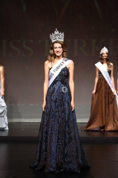 itir esen miss turkey 2017 guzeli foto galeri 5 - Miss Turkey 2017 birincisi Itır Esen kimdir?