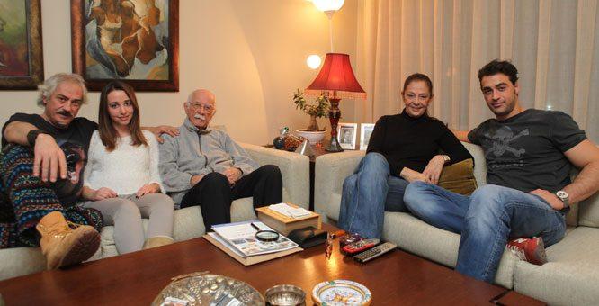 Sarp-Levendoglu-Yeni-Fotograflari-ailesi