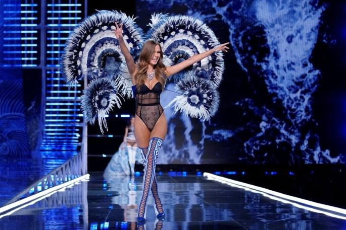 Victoria-s-Secret-Show-2017-Josephine-Skriver