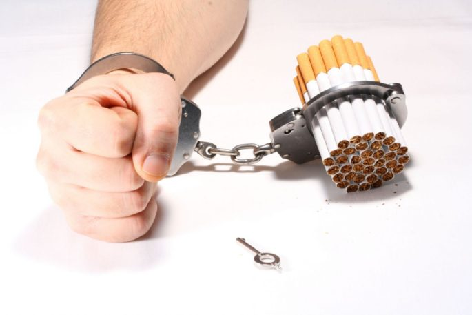 Sigarayı Bıraktıran Kitap: Allen Carr ile Sigarayı Bırakmanın Kolay Yolu