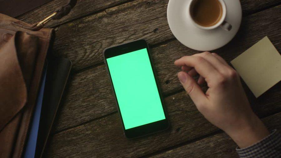 Cep Telefonlarındaki Bakterilerden Nasıl Korunabilirsiniz?
