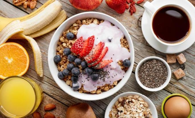 Sabahları Uyanmayı Kolaylaştıran Besinler Nelerdir?