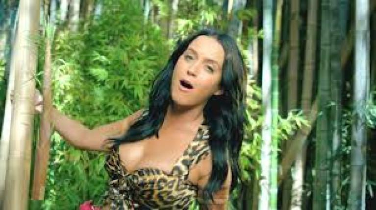 Amazondan Bir Güzel! Katy Perry.