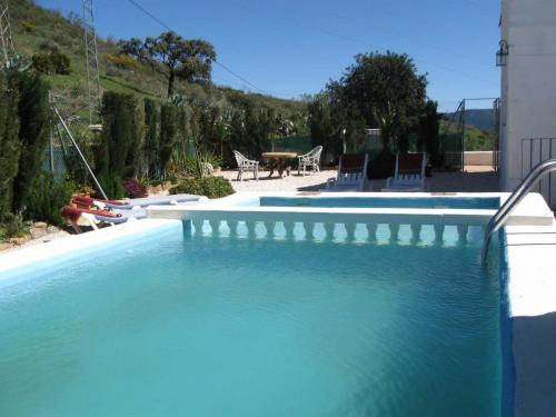 malaga-holiday-home-pool-and-terrace