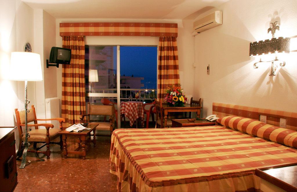 Bajondillo Apartment In Torremolinos Malaga