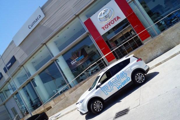 Toyota RAV4 Híbrido en Cumaca Motor