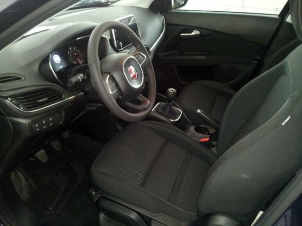 El Fiat Tipo Station Wagon se comercializa con dos niveles de acabado.