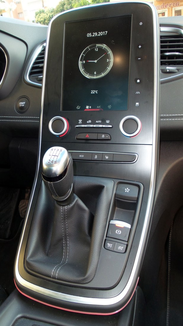Nuevo Renault Scenic panel central