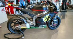 Chasis Moriwaki, motor Honda y rodada por Toni Elías cuando se proclamó Campeón del Mundo en Moto2, así es la espectacular moto expuesta en Servihonda