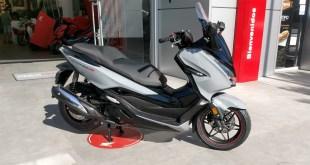 Servihonda recibe en sus instalaciones la Honda Forza 300 Limited Edition