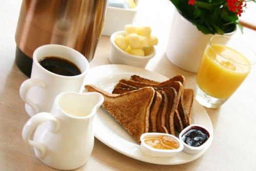 continental-breakfast