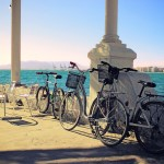 Malaga next to the sea by bicycle